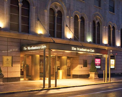 Bilde av The Manhattan Club