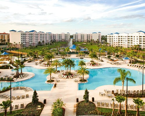 Photo of Oasis Lakes at the Fountains