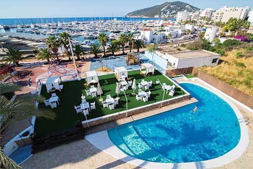 Photo de Es Pueto Club-Hotel, Ibiza