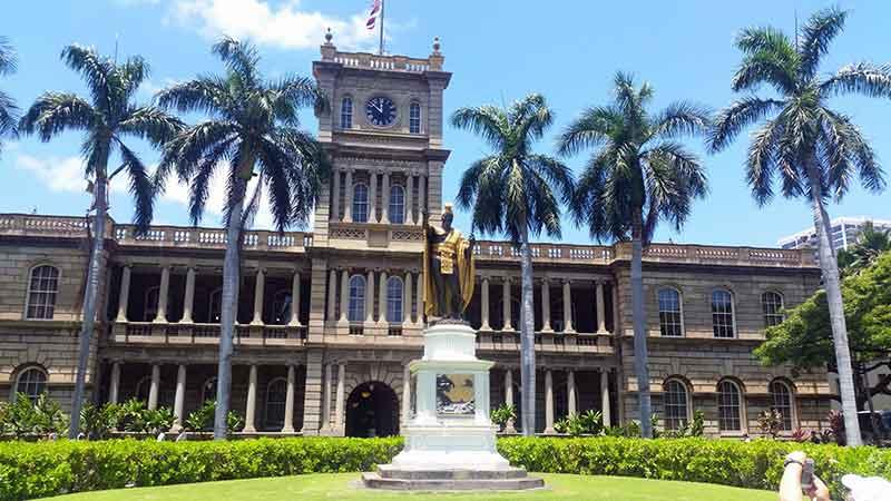 Havaiji - kuningas Kamehamehan patsas