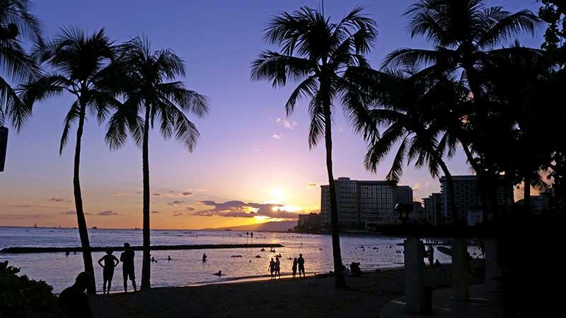 Hawaii - puesta de sol de Waikiki